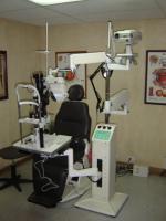 conjunto oftalmologoco de desplazamiento electrico con brazos escualizables